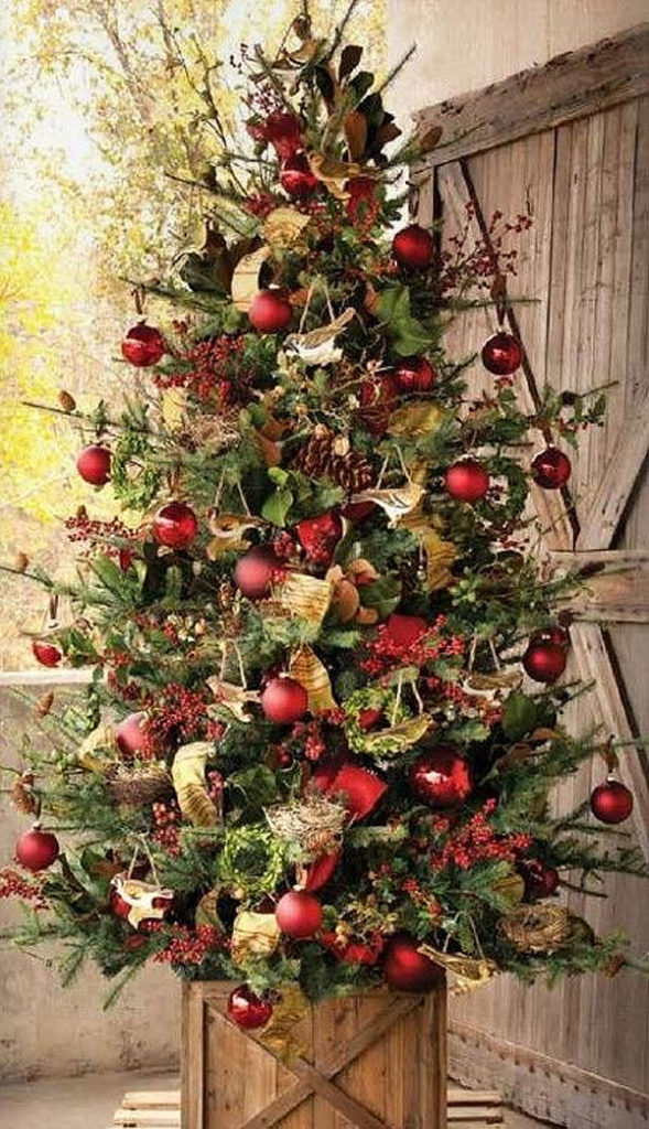 Charming Country Christmas Tree