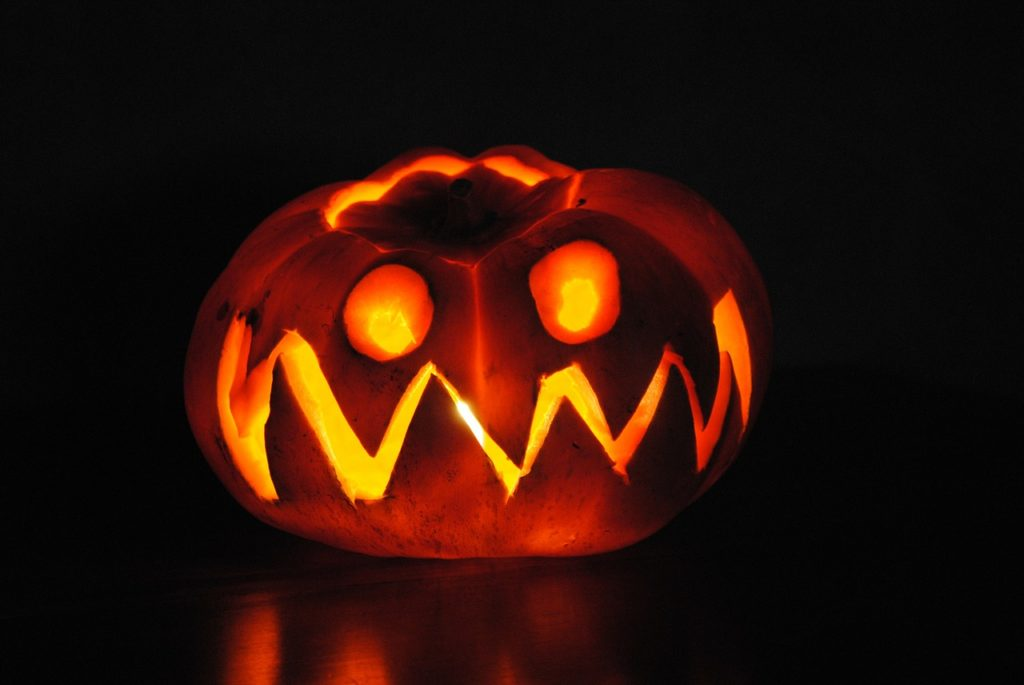 Halloween Pumpkin Carving Ideas | Zig Zag Smile