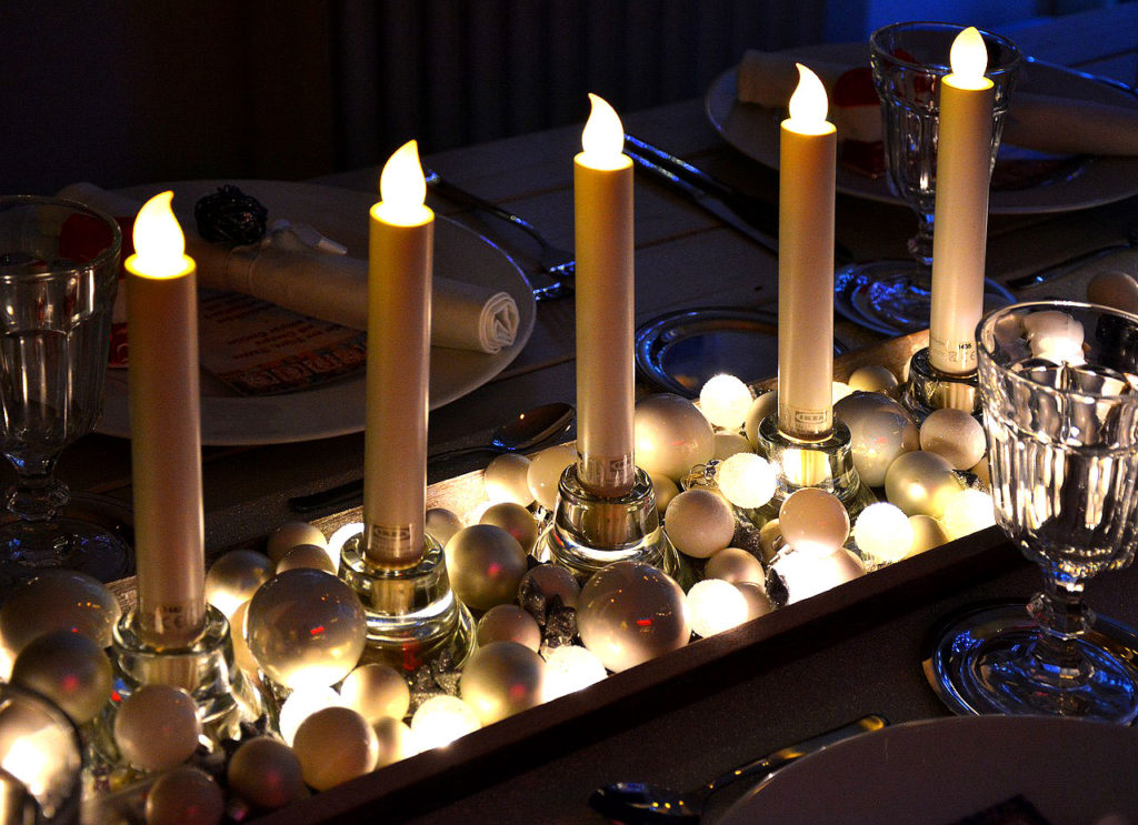 Delightful Christmas Table Settings