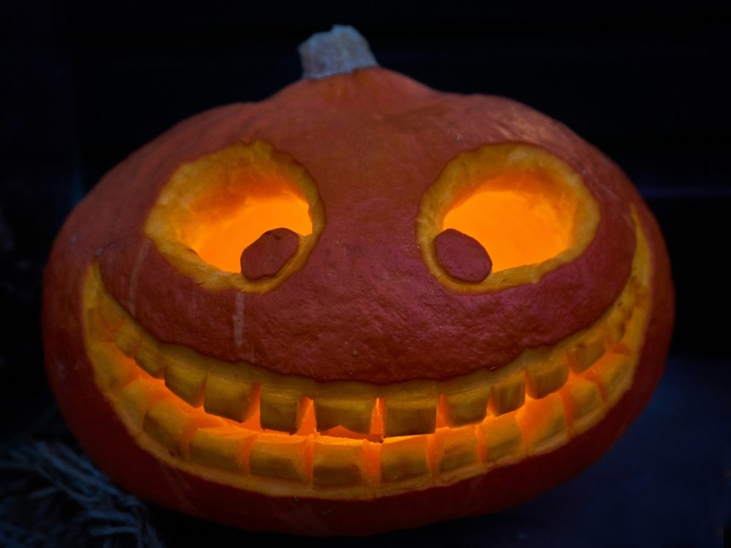 Halloween Pumpkin Carving Ideas | Big Smile