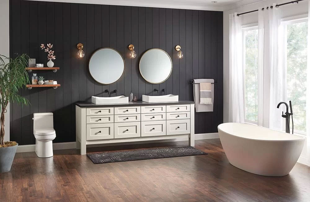 Black & Off-White Bathroom