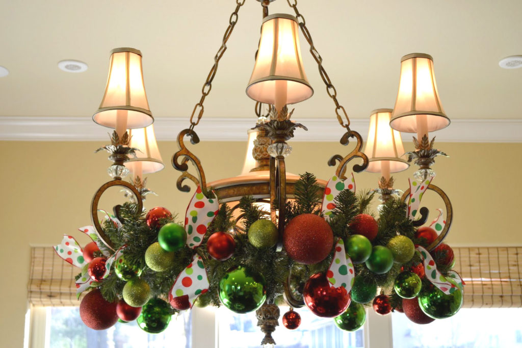 Great Christmas Balls Chandelier