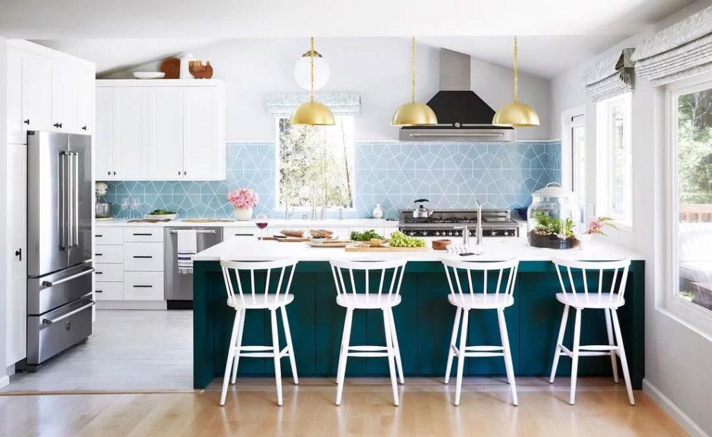 Modern Blue & White Kitchen