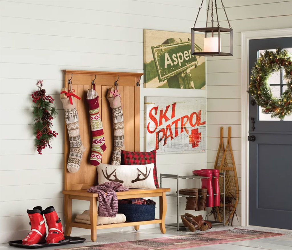 Mountain Ski Lodge Christmas Foyer Design