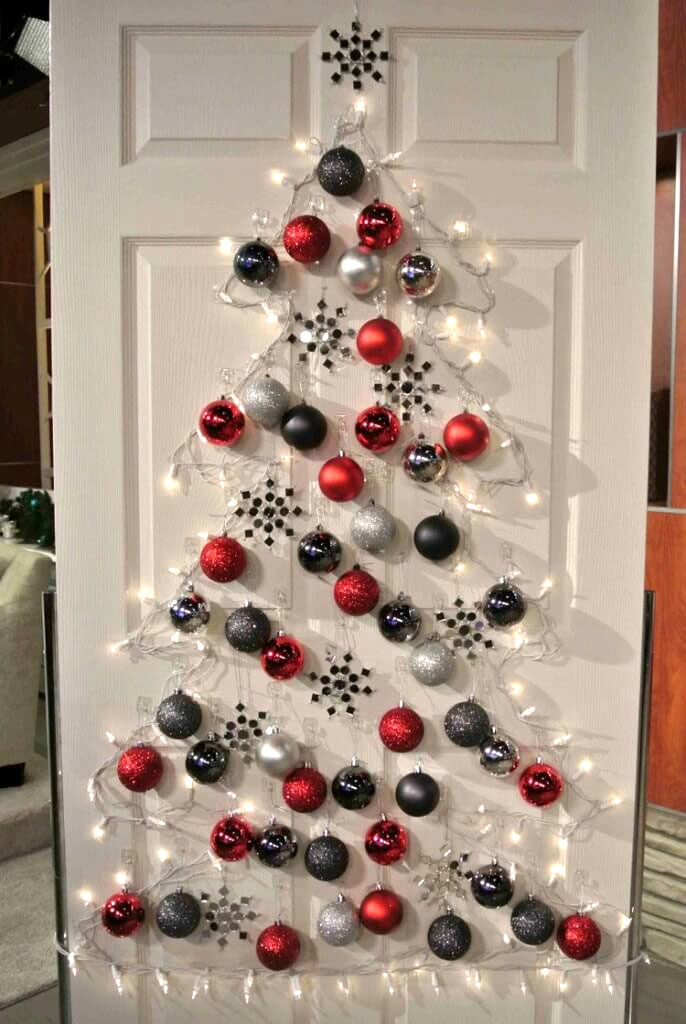 Wall (or Door) Mounted Christmas Tree