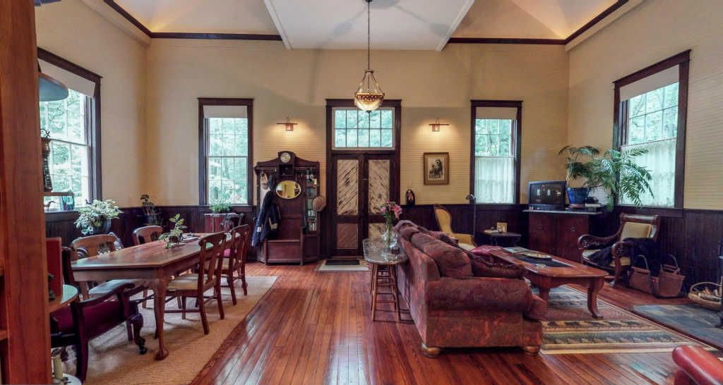 Circa 1890 Converted Browntown Church House in Bentonville, Virginia