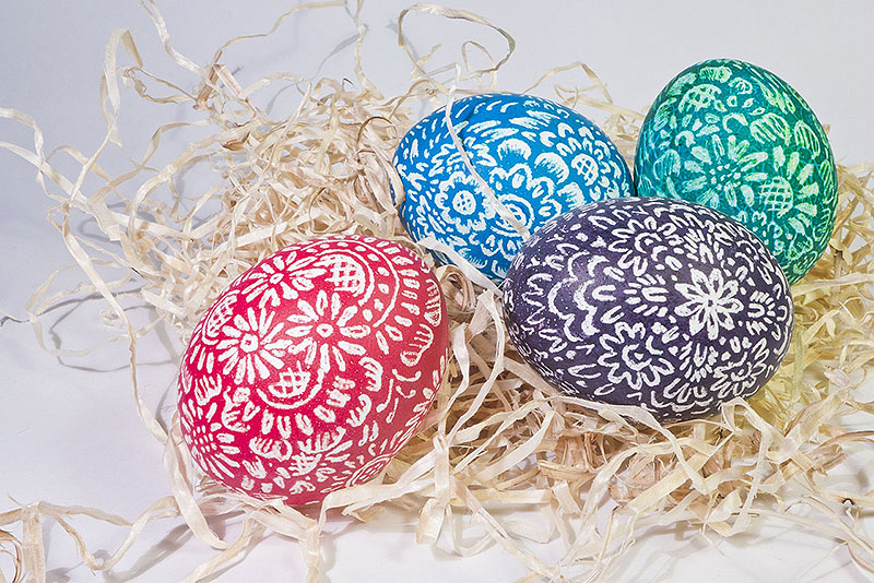 Beautiful Hand-Painted Decorative Easter Eggs