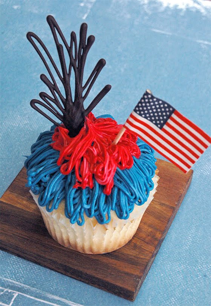 Chocolate Fireworks 4th July Cupcake